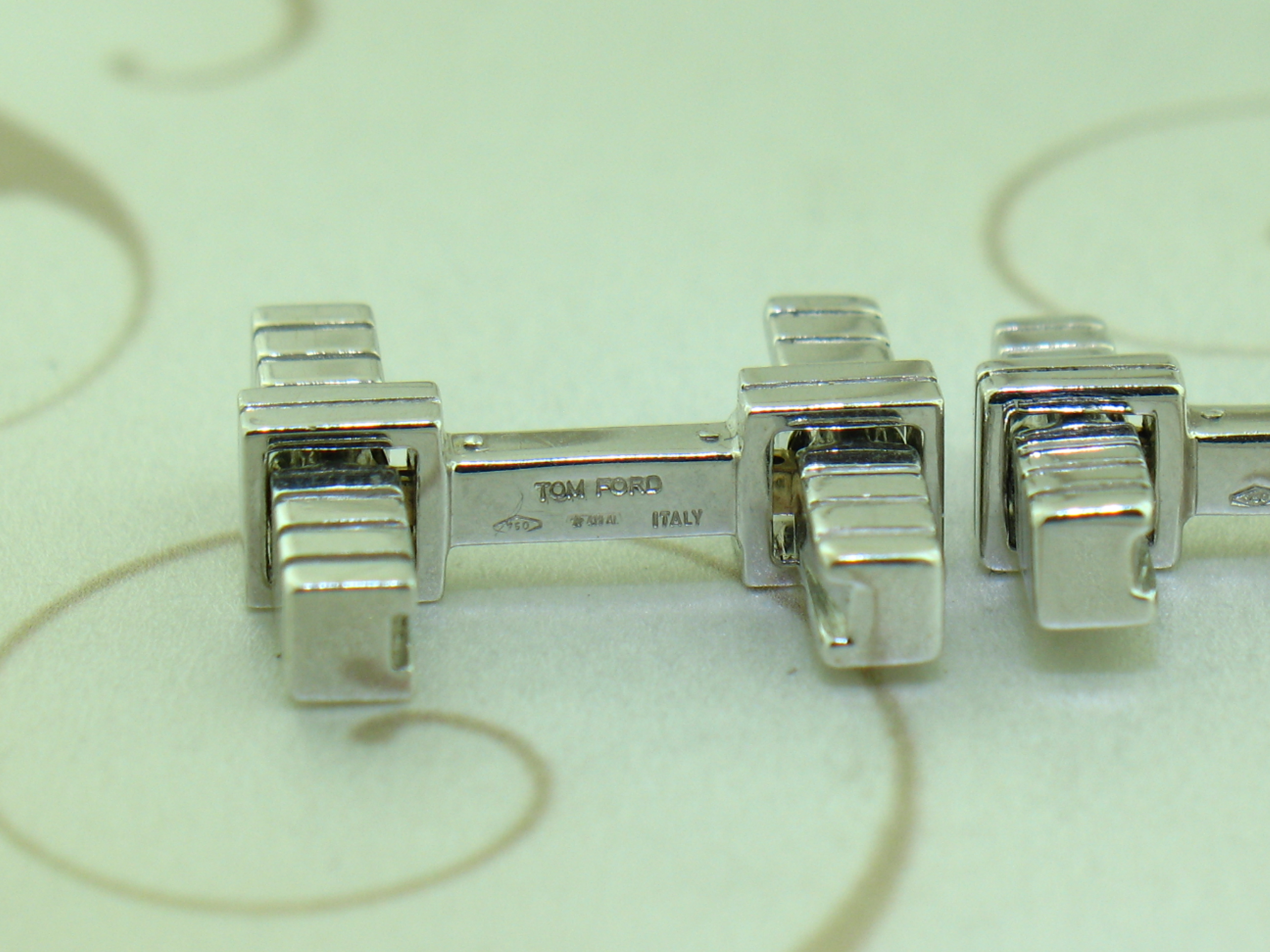 Tom Ford 18k White Gold Cufflinks Made In italy Rare Near Mint