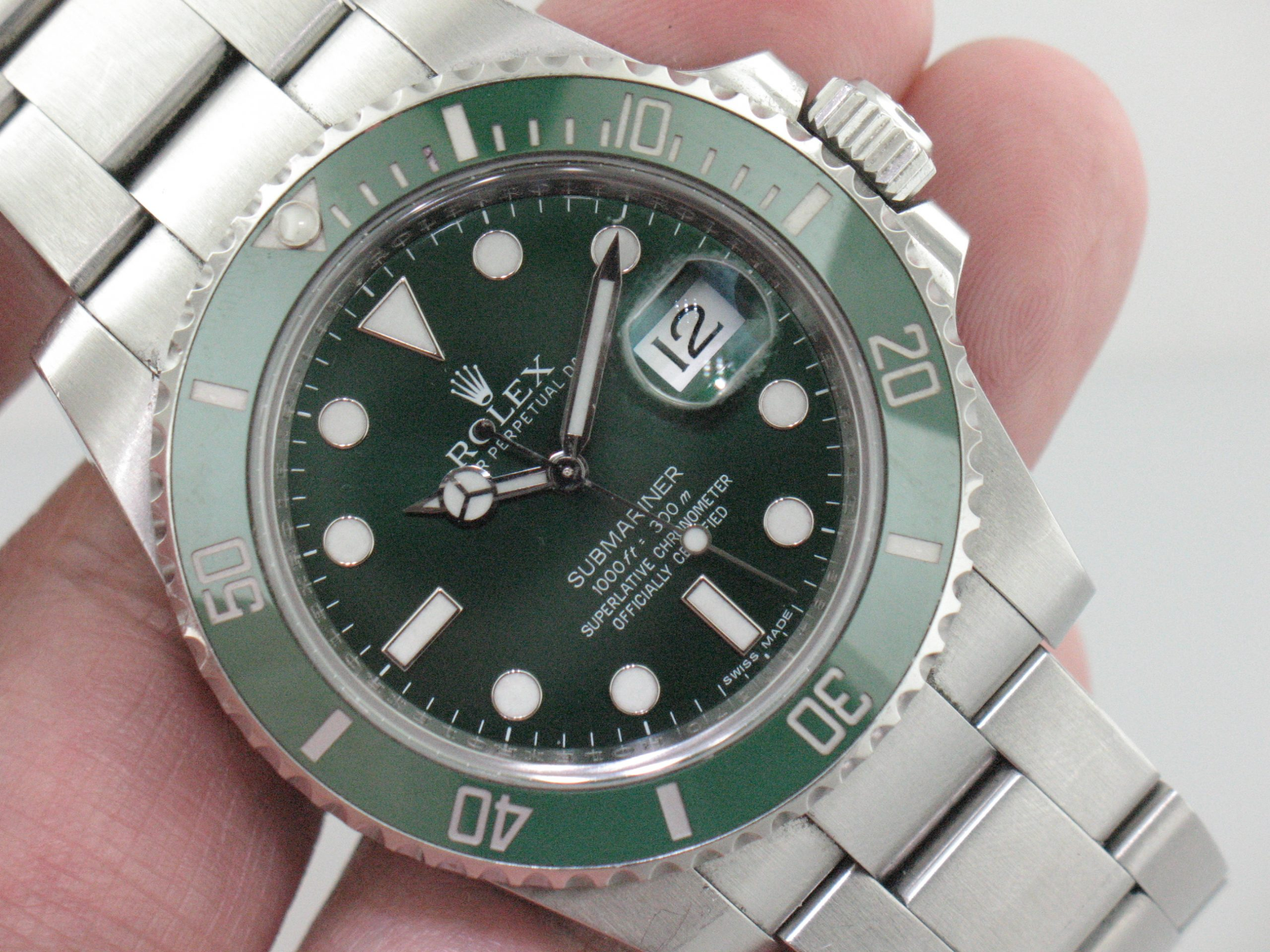 "Rolex Submariner ""Hulk"" Stainless Steel Reference 116610LV Ceramic Bezel Has Card Certificate & Box Like New"